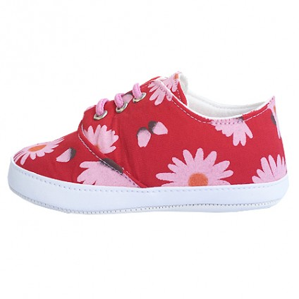 Virágos vászoncipő